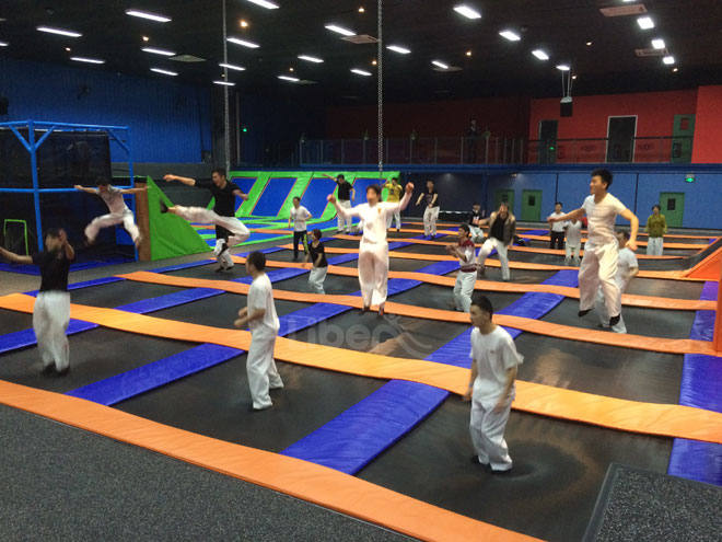Customize Trampoline Park-Free Jumping zone