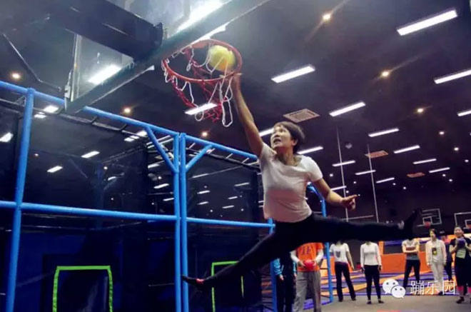 Customize Trampoline Park Manufacturer-Basketball Zone