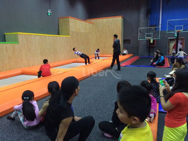 Customize Trampoline Park-Gymnastic