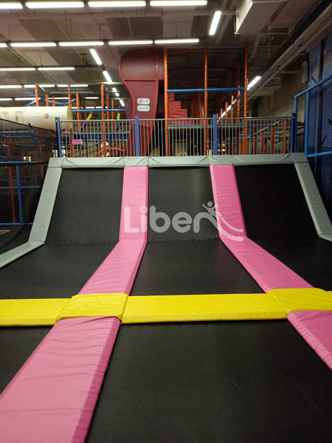 China best indoor trampoline park factory for Indoor trampoline park design manufacturing